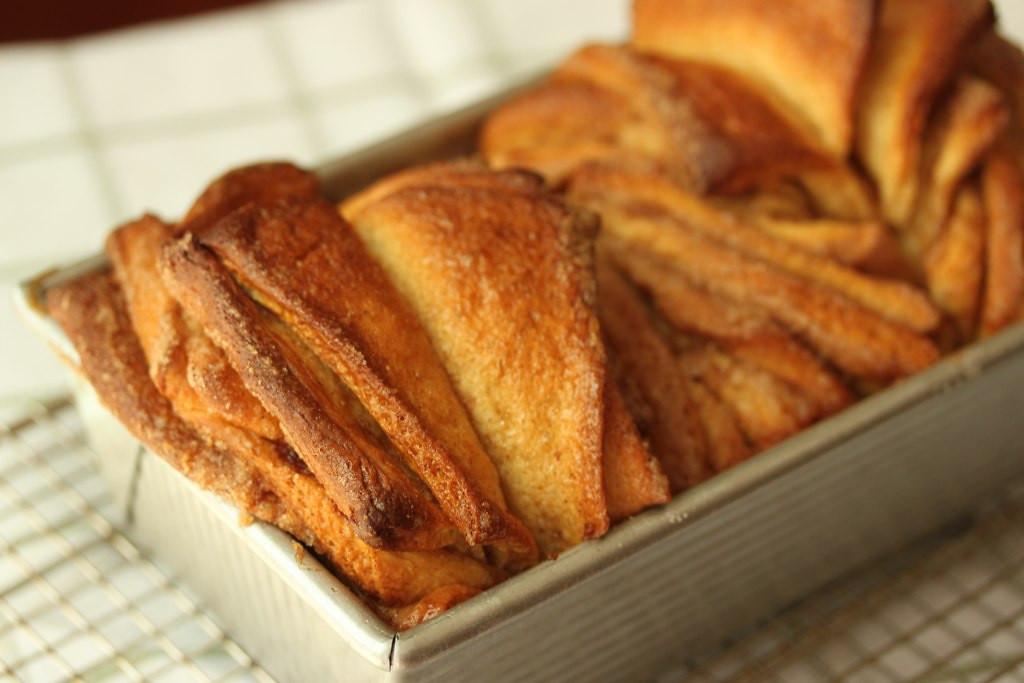 cinnamon sugar pull-apart bread