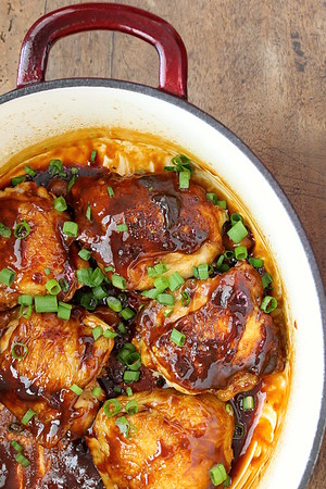 Garlic and Ginger Caramel Chicken Thighs