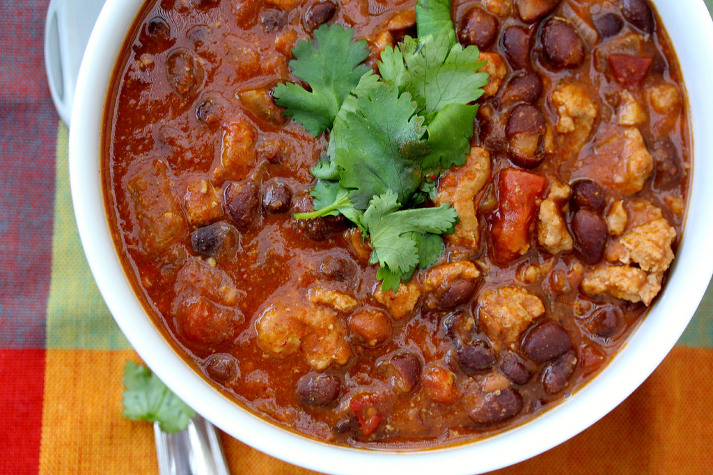 Slow Cooker Turkey Chili www.karenskitchenstories.com