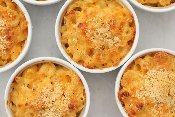 Individual Baked Macaroni and Cheese