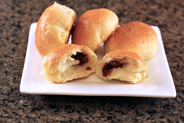 Ausytes   Lithuanian Onion and Bacon Buns