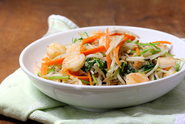 Stir-Fried Cilantro with Bean Sprouts and Shrimp | Wok Wednesdays