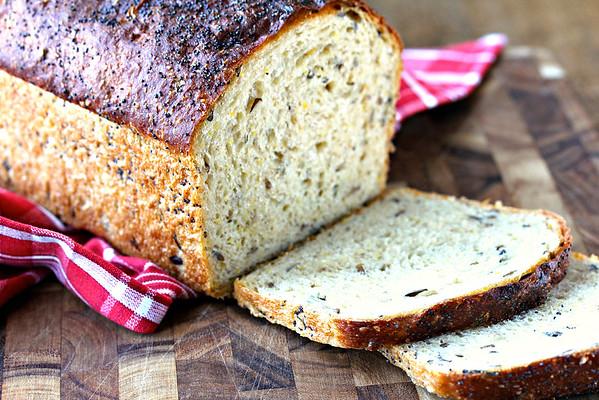 Multigrain and Seed Bread Extraordinaire