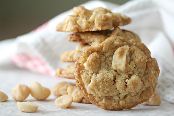 Macadamia Nut and White Chocolate Chunk Cookies