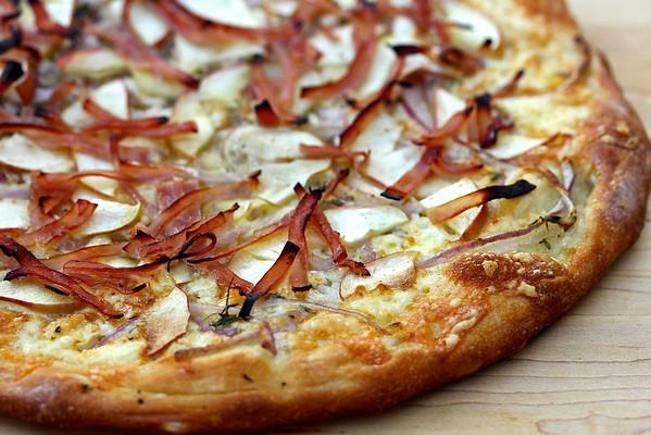 Apple and Ham Pizza | #TwelveLoaves Karen's Kitchen Stories